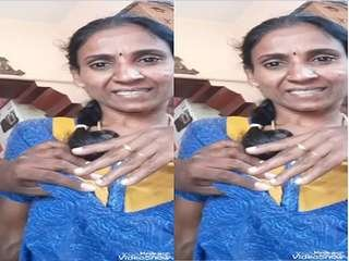 Today Exclusive- Tamil Bhabhi Brest Pressing Part 2