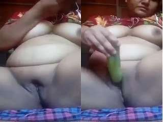 Today Exclusive- Horny Desi Bhabhi Masturbating