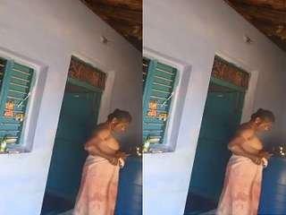 Today Exclusive- Tamil Bhabhi Wearing Cloths After Bath Record By Dewar