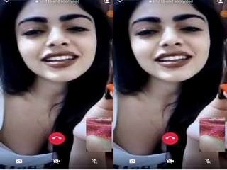 Today Exclusive- Sexy Desi Girl On Video Call