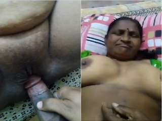 Today Exclusive- Desi Mature Auty Fucked By Sons Friend