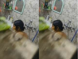 Today Exclusive- Bhabi Bathing Clip Record In Hidden Cam