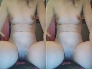 Today Exclusive- Paki Girl Shwoing her boobs and Pussy