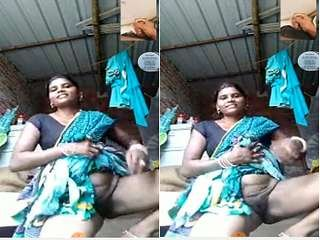 Today Exclusive- Desi Bhabhi Showing Her Ass and Pussy on Video Call Part 2