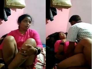 Today Exclusive- Desi Randi  Bhabhi Fucked With Dewar