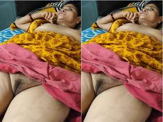 Today Exclusive- Mature Desi Cpl Pussy Licking and Fucking Part 4
