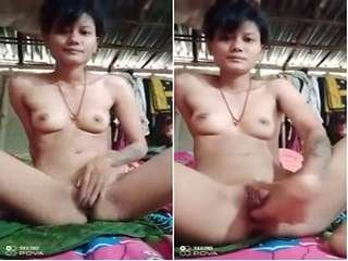 Today Exclusive- Cute Assamies Girl Fingerring