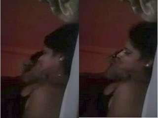 Today Exclusive- Sexy Desi Bhabhi Boob Sucking