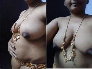 Today Exclusive- Telugu Bhabhi Record Her Nude Video
