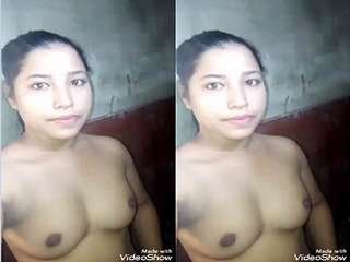 Today Exclusive- Desi Village Girl Showing Her Nude Body Part 2