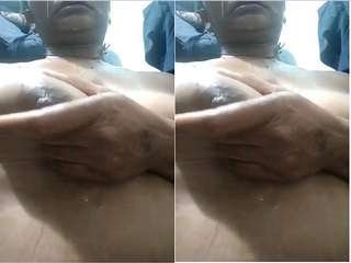 Today Exclusive – Horny Desi Bhabhi Showing Nude Body and Fingering  Part 4