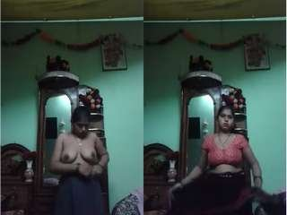 Today Exclusive- Boudi Strip her Saree and Showing Her Nude Body