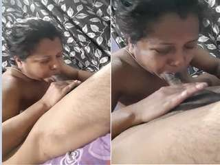 Exclusive- Sexy Desi Bhabhi Blowjob part 1