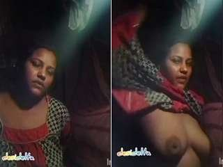 Exclusive- Sexy Desi Village Bhabhi Strip her Cloths and Showing her Big Boobs