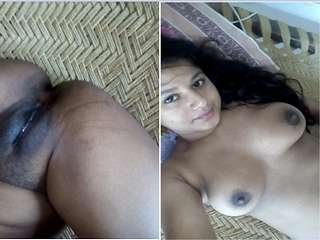 Exclusive- Sexy look Desi Girl Showing Her Boobs and Wet Pussy