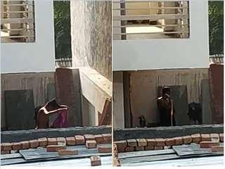 Exclusive- Desi Bhabhi Out Door Bathing Record By Hidden Cam
