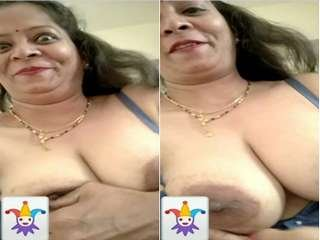 Today Exclusive- Super Horny Desi Bhabi Showing Her Boobs on Video Cal Part 4