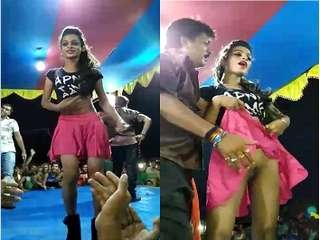 Exclusive- Desi Girl Showing Her Pussy On Dance Stage