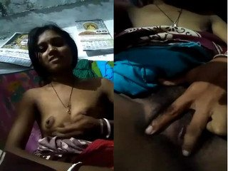 Exclusive- Cute Look Indian Bhabi Showing Her Wet Pussy and Boobs