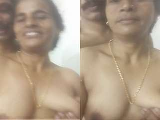Today Exclusive- Horny Mallu Wife Boob Sucking by Hubby