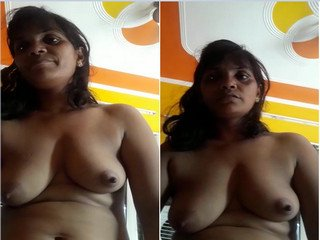 Exclusive- Desi Bihari Bhabhi Talking With Lover
