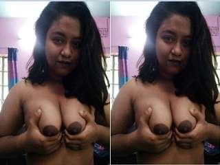 Today Exclusive- Cute Desi Girl Showing Her Boobs Part 5